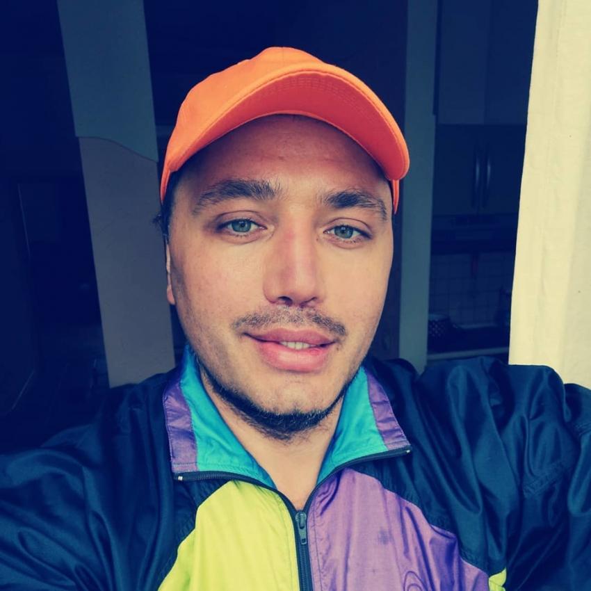 Звезда «Дома-2» Рустам Солнцев «разнес» певицу Алсу после скандала на шоу «Голос. Дети»