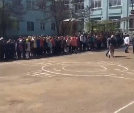 Школу № 4 эвакуировали в Липецке