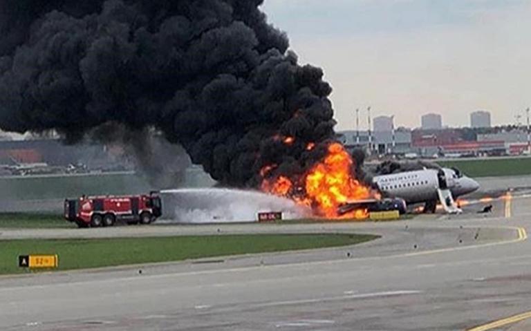 Ксения Собчак посоветовала отказаться летать на самолетах Sukhoi Superjiet 100