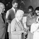 В Сети опубликовано видео с новорожденным сыном принца Гарри и Меган Маркл