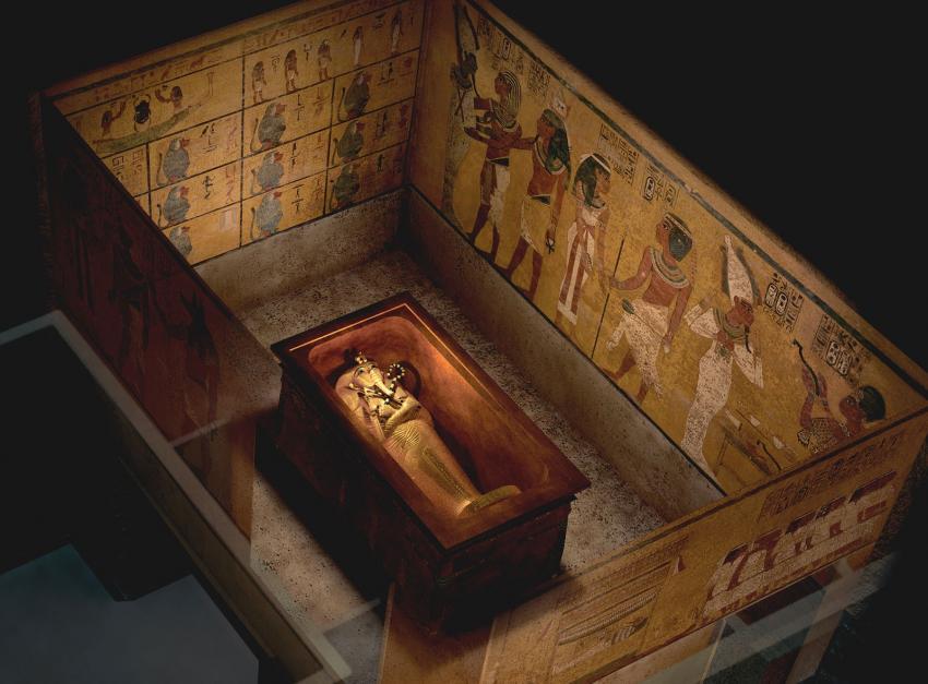 В Британии археологами найден британский эквивалент гробницы Тутанхамона