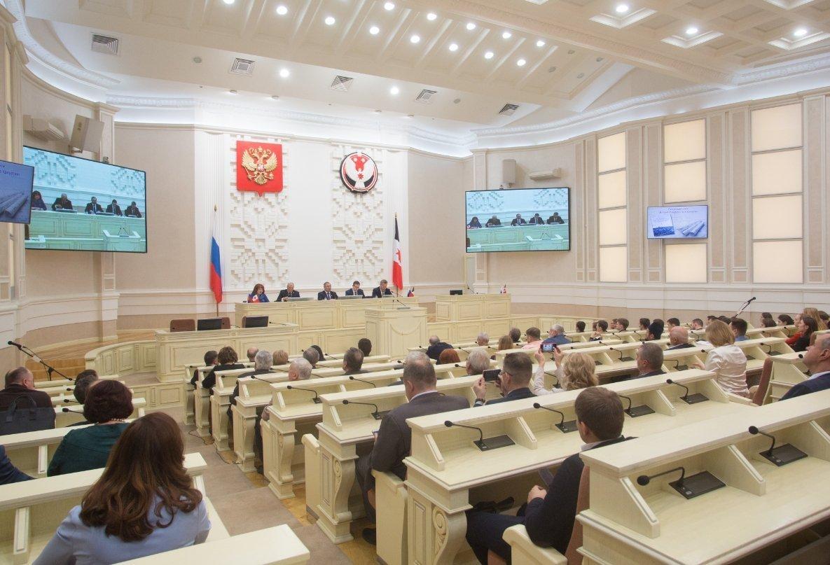 Владимир Паршин стал самым богатым депутатом Госсовета Удмуртии за 2018 год