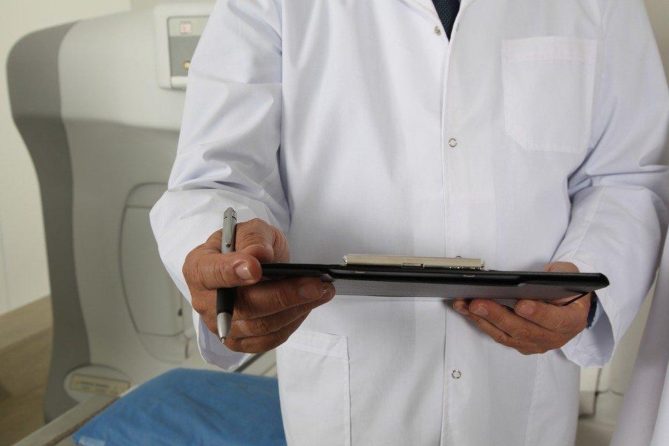 Изнасиловавший беспомощную пациентку врач из Ижевска получил условный срок