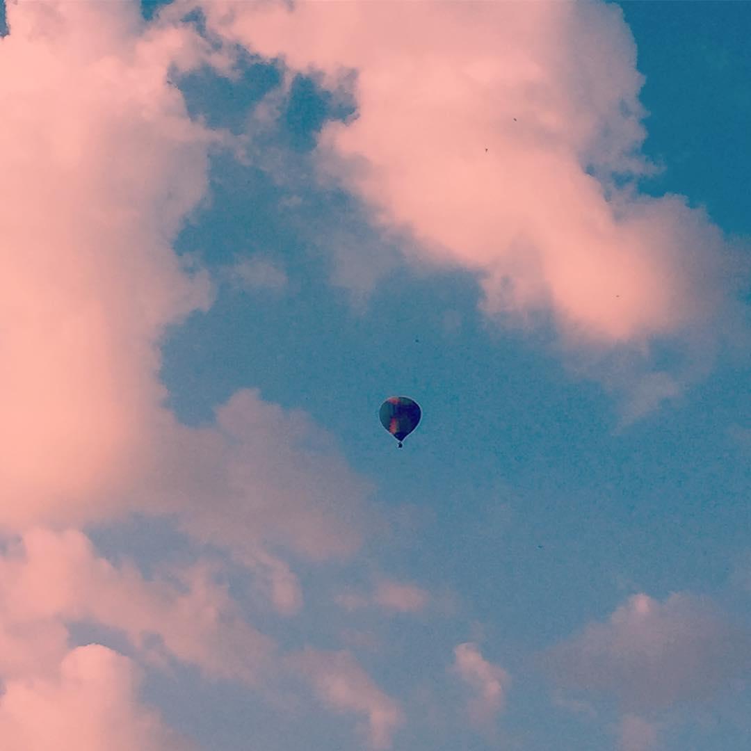 На дне рождения ЛипецкFM запустили воздушный шар