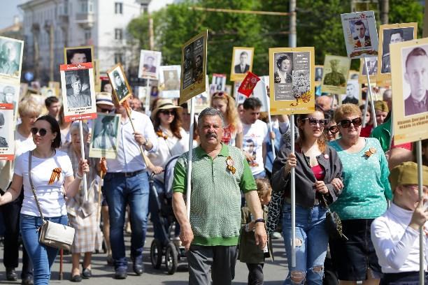 В Туле 150 тысяч человек стали участниками шествия «Бессмертный полк»: фоторепортаж