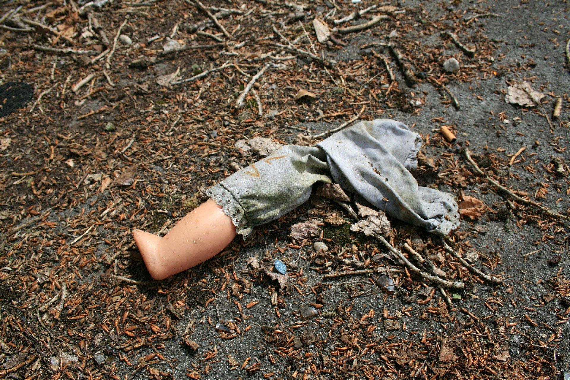 Двое детей погибли в Удмуртии, упав в картофельную яму