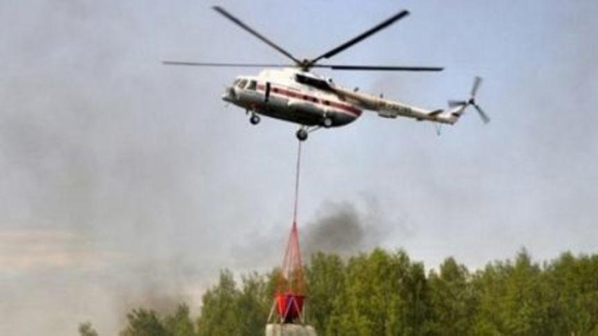 Крупный пожар в Кировской области тушили при помощи вертолета