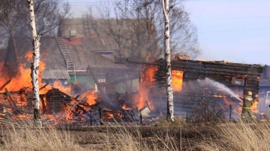 В Кировской области пострадавшим от пожаров выделят 1,5 млн рублей из резервного фонда правительства