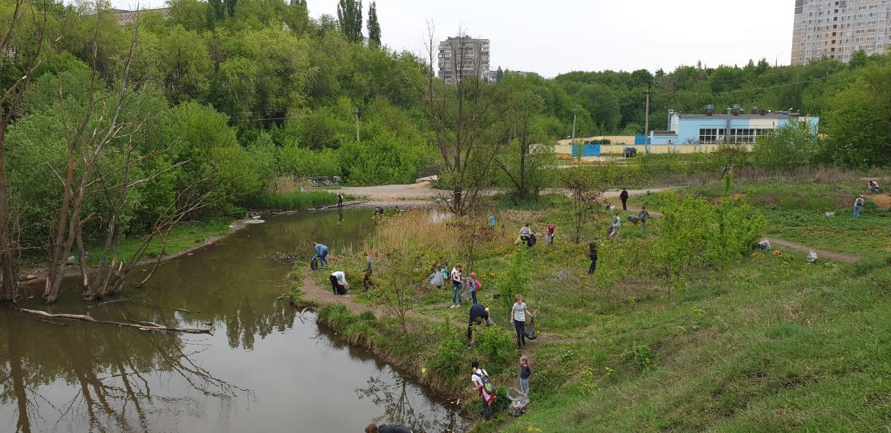Сделать мир лучше: липчане облагородили городской пруд