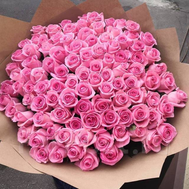Шикарные букеты из 101 розы